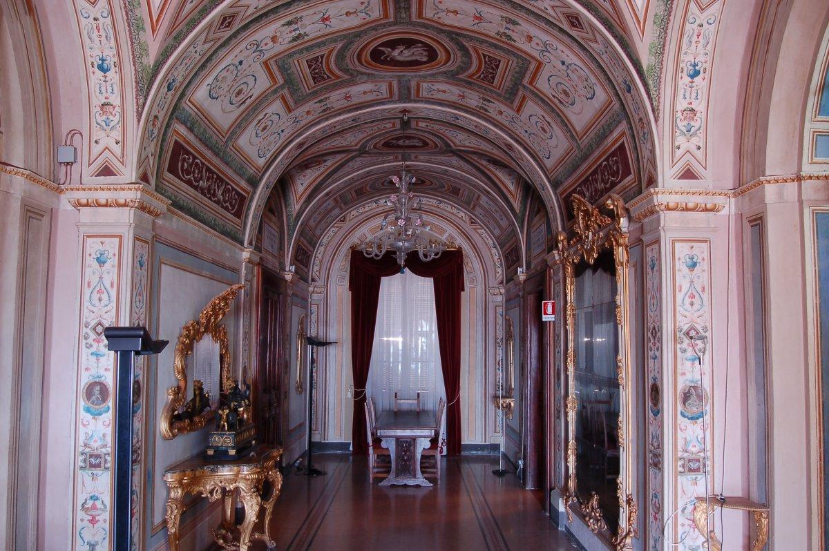 a_sala_degli_specchi_biblioteca_mozzi_borgetti