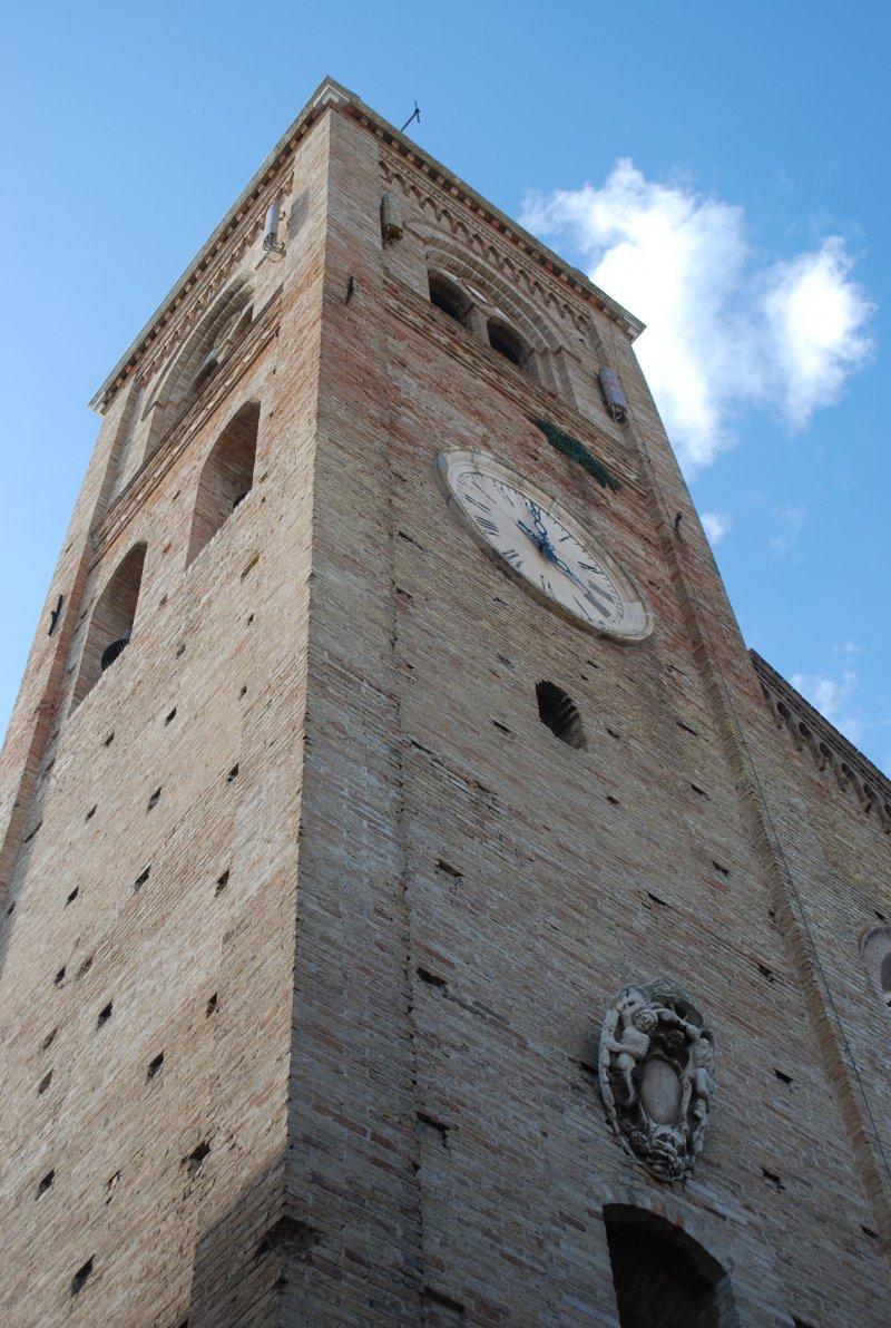 campanile-collegiata-montecassiano