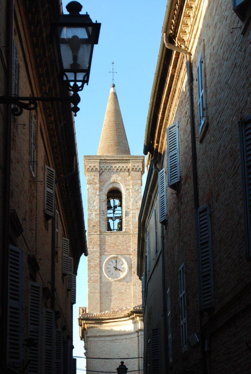treia-part-cattedrale