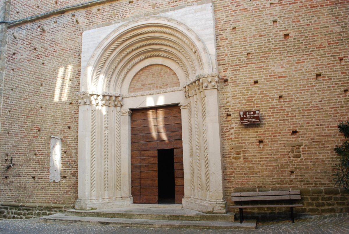 san-ginesio-portale-san-francesco