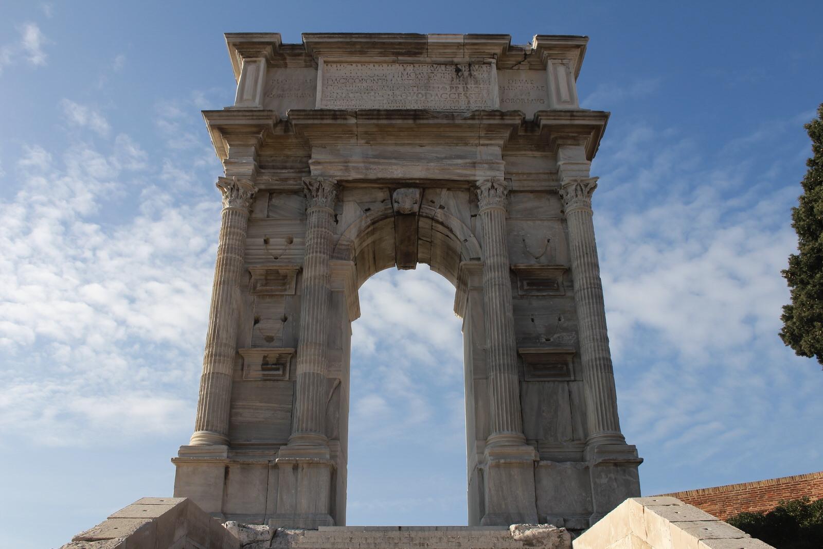 Ancona arco di Traiano 1