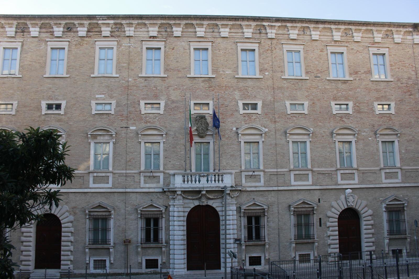Ancona_Palazzo_Ferretti