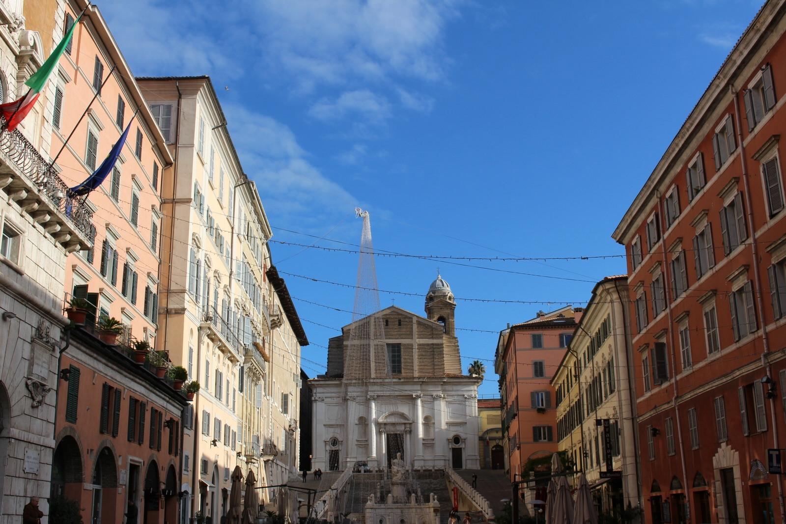 Ancona_Piazza_del_Papa_Gen.