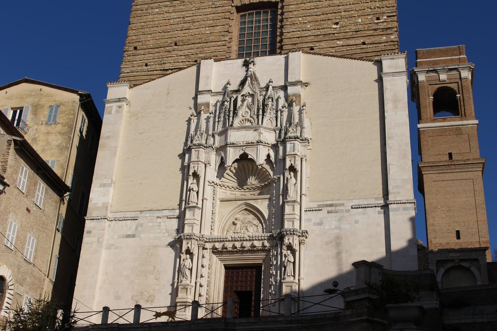 Ancona_San_Francesco_allae_scale_insieme