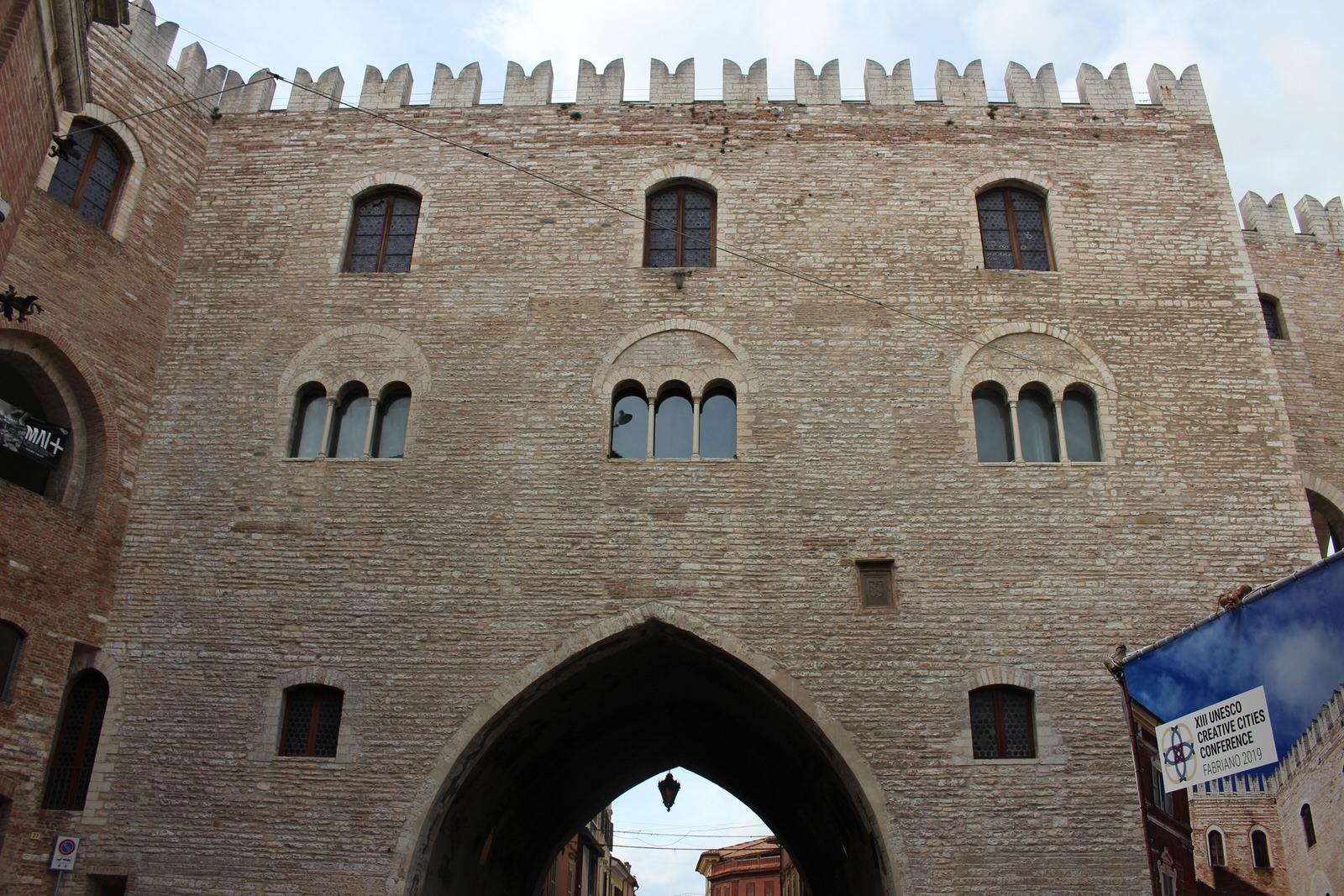 Favriano_Palazzo_PodestÖ_Fronte