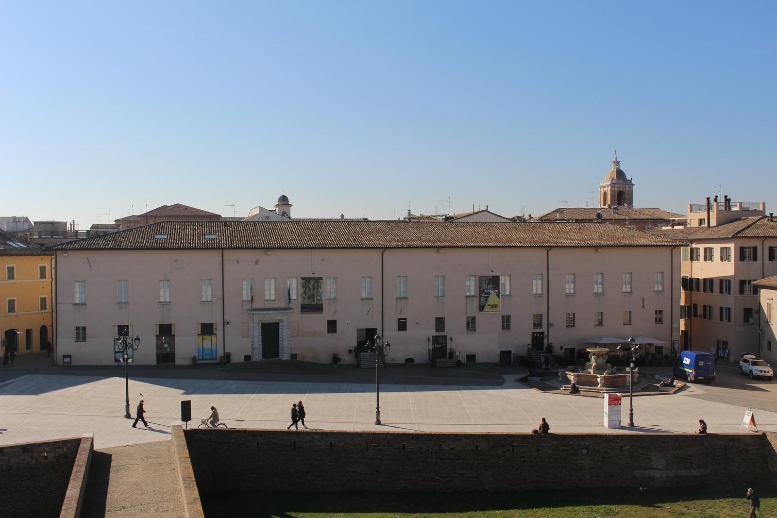 Senigallia_Palazzo_Ducale_e_Piazza