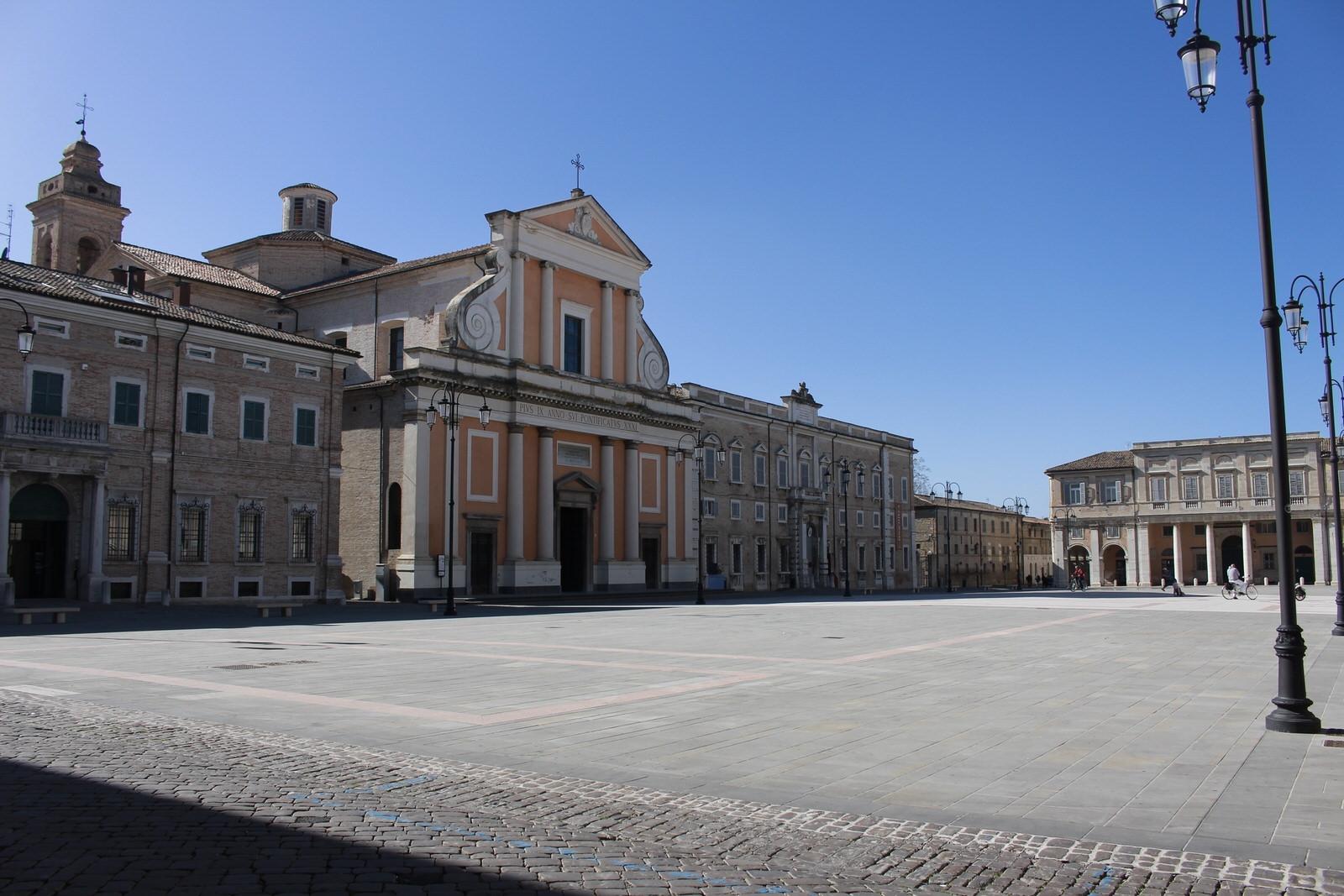 Senigallia_Piazza_Garibaldi_2