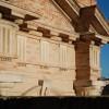 Percorso storico alla città di Recanati: musei civici, pinacoteche, chiese, teatri e palazzi della Justissima Civitas