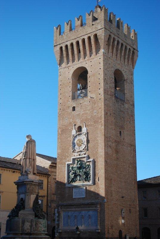 torre-comunale-int