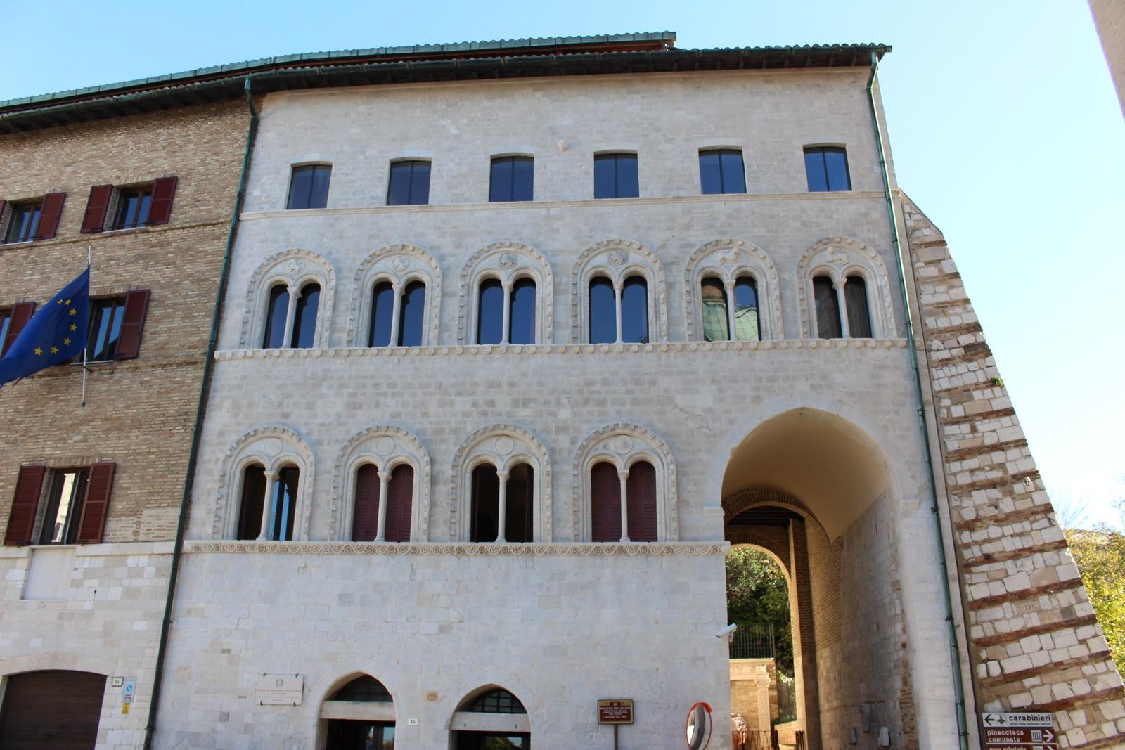 Ancona_Palazzo_del_Senato