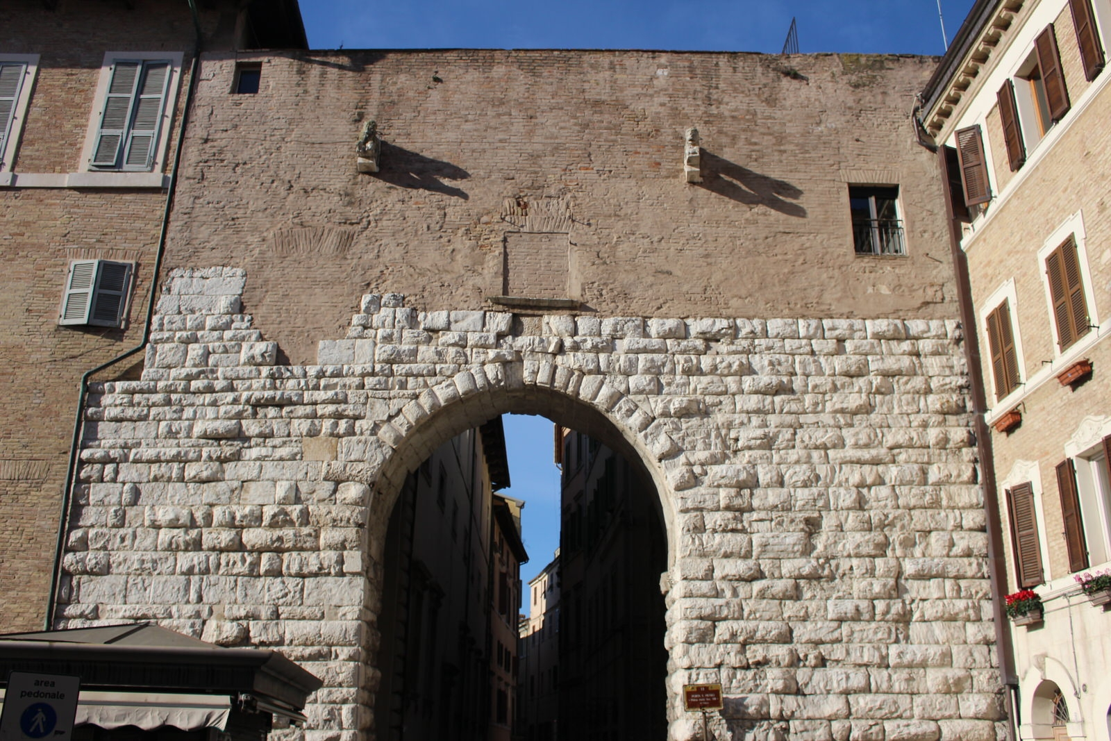Ancona_porta_del_Calamo