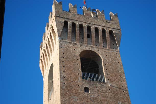 torre-comunale-parz