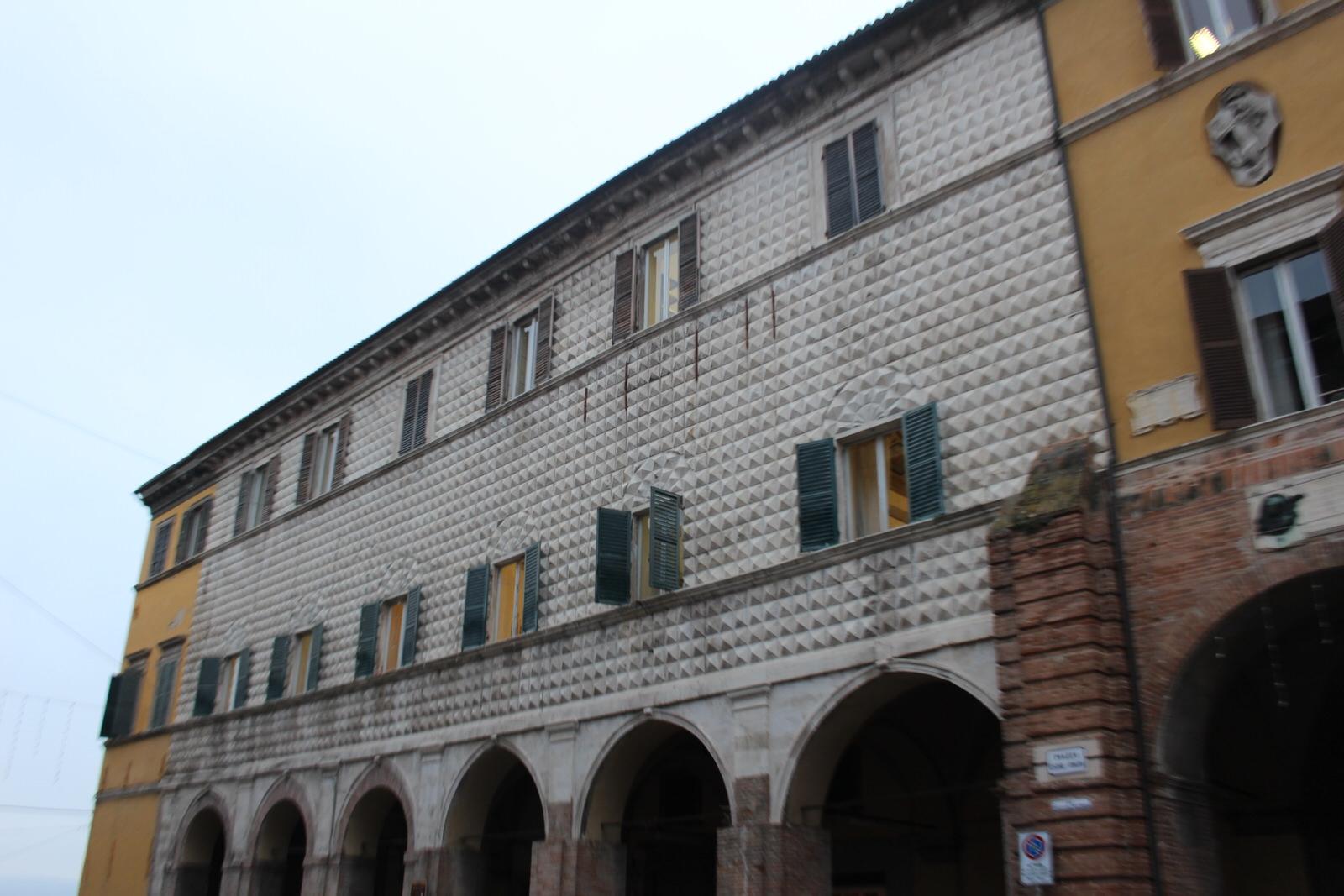 Jesi_Palazzo_Ricci_Magnanelli